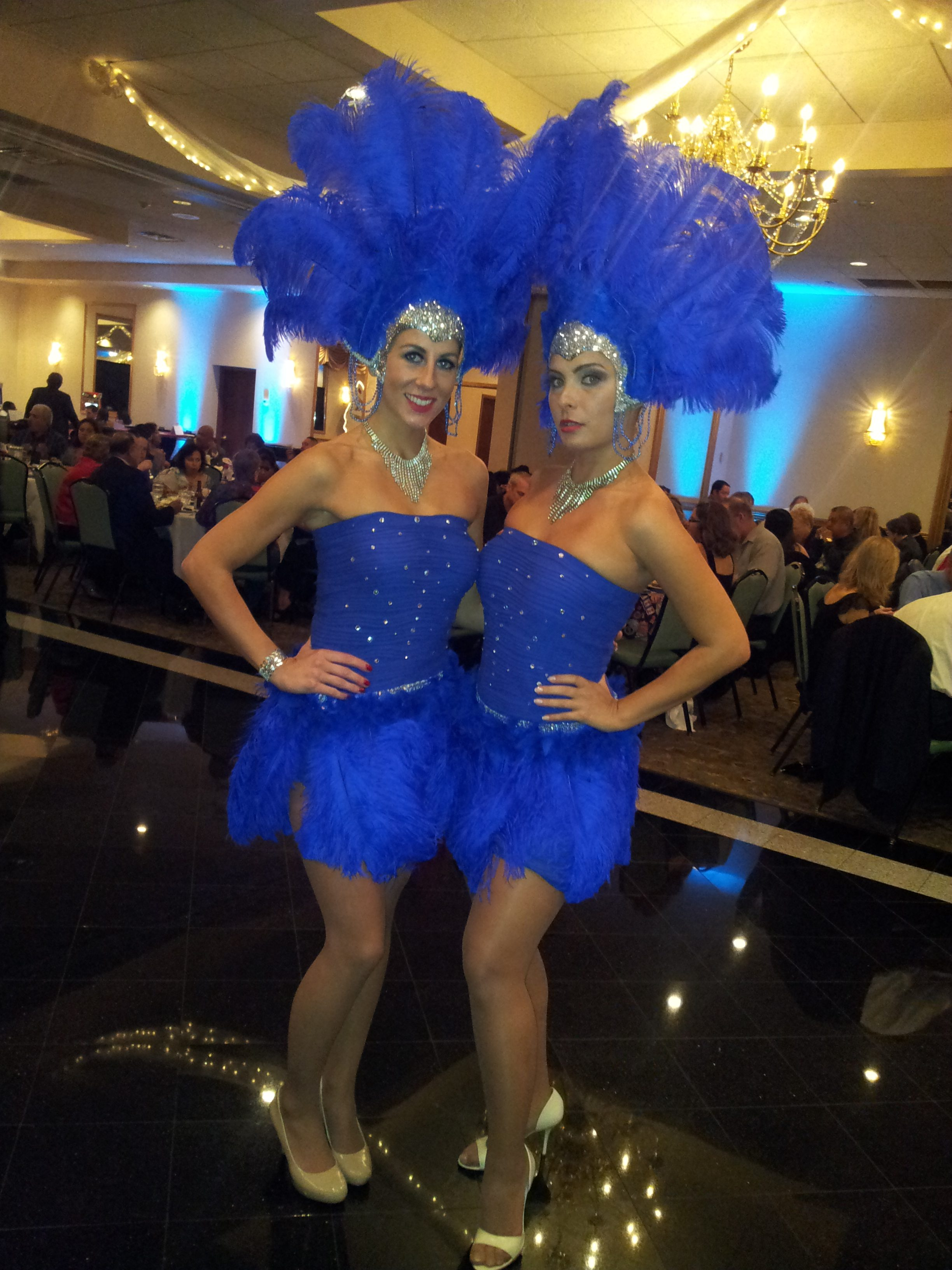 Black And Red >> Las Vegas Showgirl Costumes